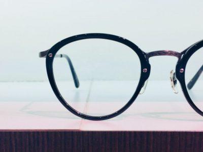 キャラが際立つメガネ その37~OLIVER PEOPLES Leonel